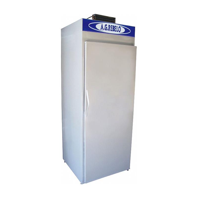 Freezer Vertical com Serpentina e Porta Cega